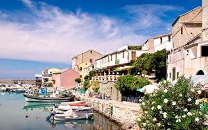 Luksusferie ved Middelhavet