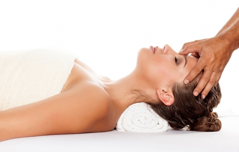 massage i frederikshavn body 2 body massage københavn