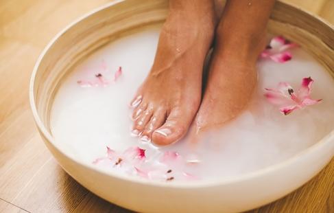 Silkebløde fødder