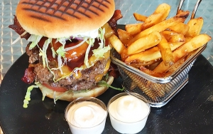 Mesterlig Monsterburger