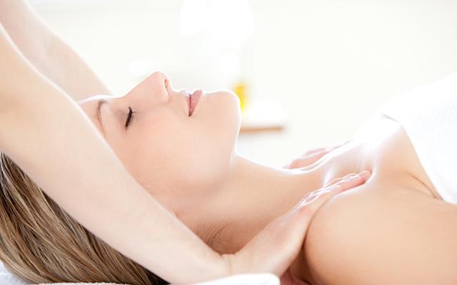 stor massage mörk hud
