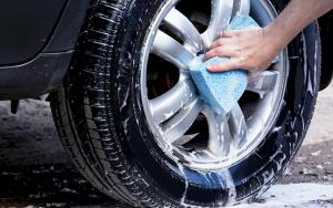 Få rengjort bilen