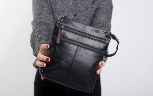 Praktisk og stilren taske