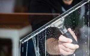 Udvendig vinduespudsning