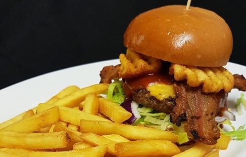 2-retters diner-menu