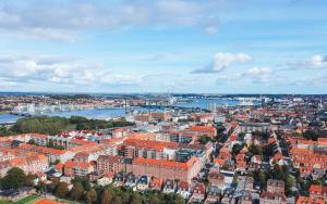 Tjek ind i Aalborg
